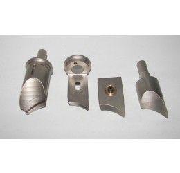 2 valvole di scarico Fischer per un cilindro (una destra e una sinistra) per Aprilia Rs250/Suzuki RGV250